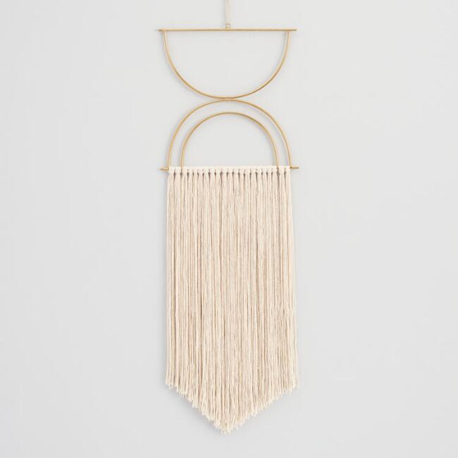 macrame, wall hanging, boho, bohemian, interiordesign, wohninspiration, wohnzimmer, deko, dekoration, neutrals, homedecor